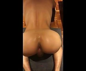 00043 Sweet Asian Hole