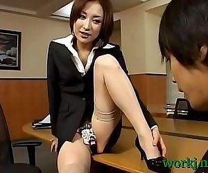 Asian office cutie screwed..